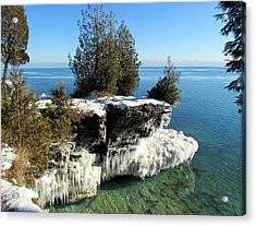 Winter At Cave Point Acrylic Print by David T  Wilkinson