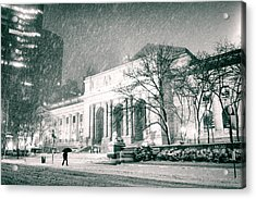 Winter Night In New York City - Snow Falls Onto 5th Avenue Acrylic Print by Vivienne Gucwa