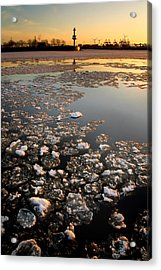 Acrylic Print featuring the photograph Wintersunset by Marc Huebner