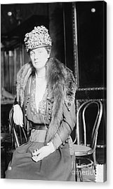 Juliette Daisy Low, Founder Of The Girl Acrylic Print by Photo Researchers