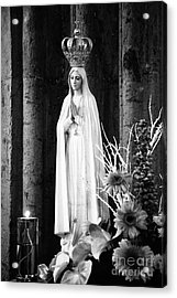 Our Lady Of Fatima Acrylic Print by Gaspar Avila