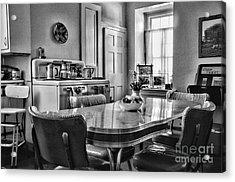 Americana - 1950 Kitchen - 1950s - Retro Kitchen Black And White Acrylic Print by Paul Ward