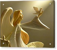 Acrylic Print featuring the photograph An Angelic Offering Of Peace by Cindy Wright