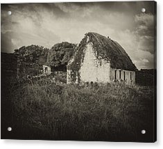 Acrylic Print featuring the photograph Aran Island Home by Hugh Smith