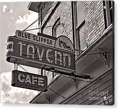 Acrylic Print featuring the photograph Barhopping At The Blue Slipper by Lee Craig