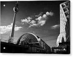 berliner fernsehturm Berlin TV tower symbol of east berlin and the Alexanderplatz railway station Acrylic Print by Joe Fox