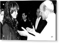 Claudia Cardinale Meets Pope Paul Vi Acrylic Print by Everett