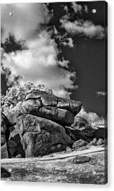 Devil's Den - 33 Acrylic Print by Paul W Faust -  Impressions of Light