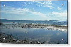 Discovery Beach Park Acrylic Print by Lee Yang