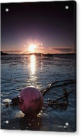 Dumfries, Scotland A Rope Tied To A Acrylic Print by John Short