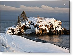 Evening At Hollow Rock Acrylic Print by Tingy Wende
