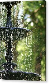 Acrylic Print featuring the photograph Fountain At Capitol Square by Suzanne Powers