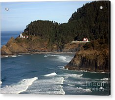 Acrylic Print featuring the photograph Heceta Head Lighthouse And Lightkeepers House by Glenna McRae