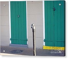 Acrylic Print featuring the photograph Horse Head Post With Green Doors by Alys Caviness-Gober