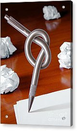 Knot On Pen Acrylic Print by Carlos Caetano