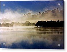 La Niebla Acrylic Print by Julio Beceiro
