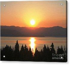 Acrylic Print featuring the photograph Lake Tahoe Sunrise by Anne Raczkowski