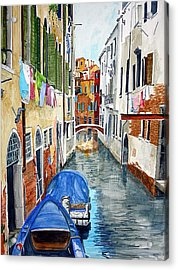 Acrylic Print featuring the painting Laundry Day In Venice by Tom Riggs