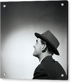 Man Wearing Hat Looking In Distance (b&w) Acrylic Print by Hulton Archive