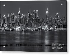 Manhattan Twilight Vii Acrylic Print by Clarence Holmes