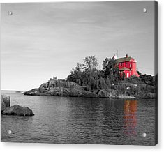 Acrylic Print featuring the photograph Marquette Harbor Lighthouse Selective Color by Mark J Seefeldt