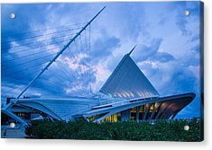 Milwaukee Art Museum At Twilight Acrylic Print by Vincent Buckley