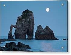 Moonset In Gaztelugache Acrylic Print by Pere Soler