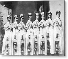 Nurses On Night Rounds 1899 Acrylic Print by Science Source