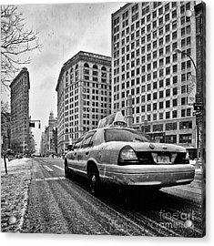 Nyc Cab And Flat Iron Building Black And White Acrylic Print by John Farnan