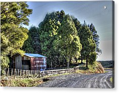 Old Barn Acrylic Print by Les Cunliffe