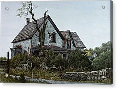Old Farmhouse Picton Acrylic Print by Robert Hinves