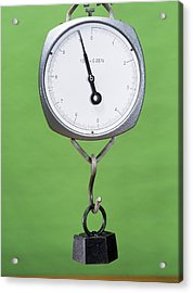 One Kilogram Mass On A Newtonmeter Acrylic Print by Andrew Lambert Photography