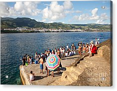 People Waiting At The Islet Acrylic Print by Gaspar Avila