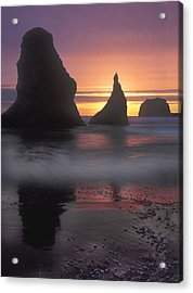 Sea Stacks Off The Oregon Coast Acrylic Print by Dave Mills