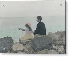 Acrylic Print featuring the photograph Sharing by Lori Mellen-Pagliaro