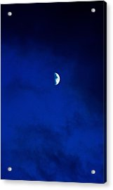 Acrylic Print featuring the photograph Shoot The Moon by Randall  Cogle