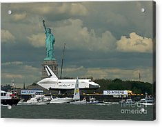 Shuttle Enterprise 3 Acrylic Print by Tom Callan
