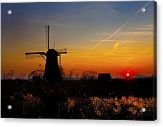Sunset At Kinderdik Acrylic Print by Rick Bragan