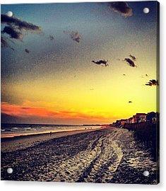 #sunset #gardencity 🌞🏄 Acrylic Print