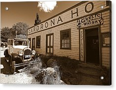 Acrylic Print featuring the photograph The Cardrona Hotel by Paul Svensen