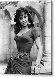 The Hunchback Of Notre Dame, Gina Acrylic Print by Everett