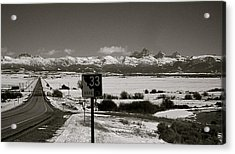 Acrylic Print featuring the photograph The Road Home by Eric Tressler
