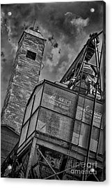 Through The Mill Bw Acrylic Print by Ken Williams