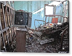 Tv On Stand Acrylic Print by James Steele