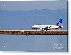 United Airlines Jet Airplane At San Francisco International Airport Sfo . 7d11998 Acrylic Print by Wingsdomain Art and Photography