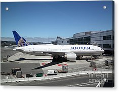 United Airlines Jet Airplane At San Francisco Sfo International Airport - 5d17107 Acrylic Print by Wingsdomain Art and Photography