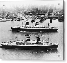 United States Lines Ships Acrylic Print by Photo Researchers