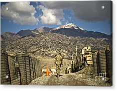 U.s. Army Soldier Walks Down A Path Acrylic Print by Stocktrek Images