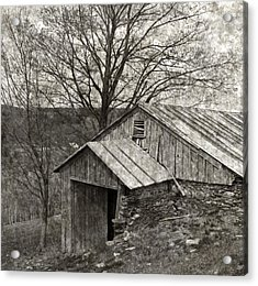 Weathered Hillside Barn Acrylic Print by John Stephens