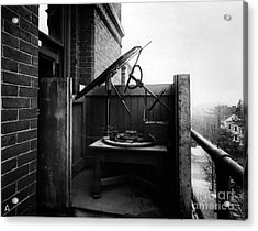 Woodwards Photomicrography Apparatus Acrylic Print by Science Source